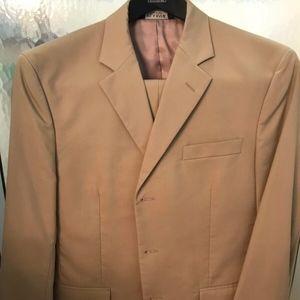 Jos A. Banks Mens Tan Khaki Suit